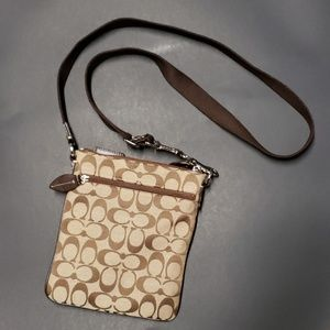 Coach Bags - Small coach bag with little wallet